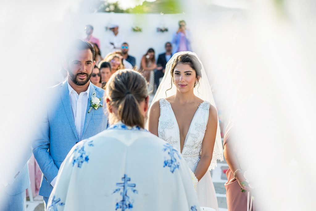 wedding photographer in Mykonos