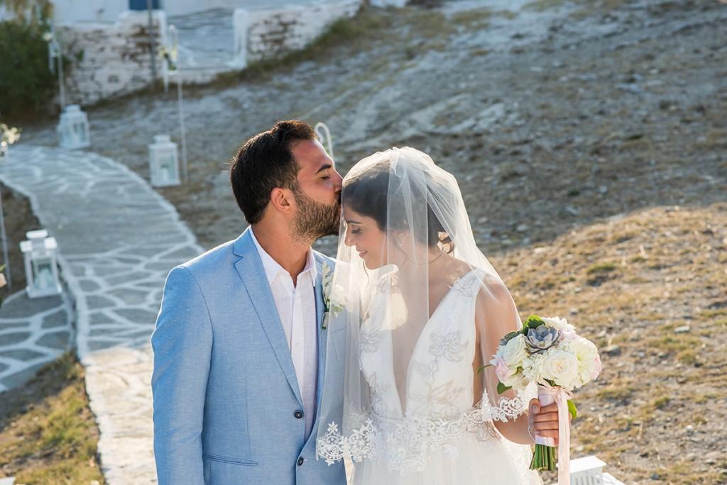 wedding photographer in Mykonos